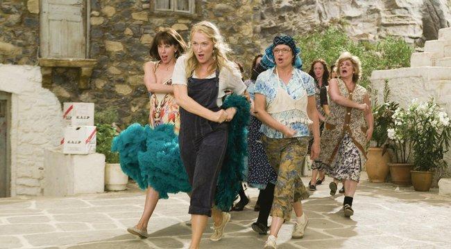 Bombahír: jön a Mamma Mia! folytatása