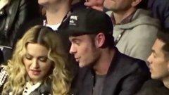 Madonna letapizta a Baywatch sztárját