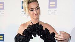 Kínos baki: nagyibugyit villantott Katy Perry - fotó