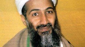 Zihálva ült fel az ágyban Bin Laden: Itt vannak az amerikaiak!