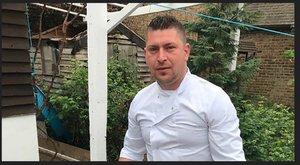 Hős: ládával verte fejbe a román pék a terroristát, majd megmentett 20 embert