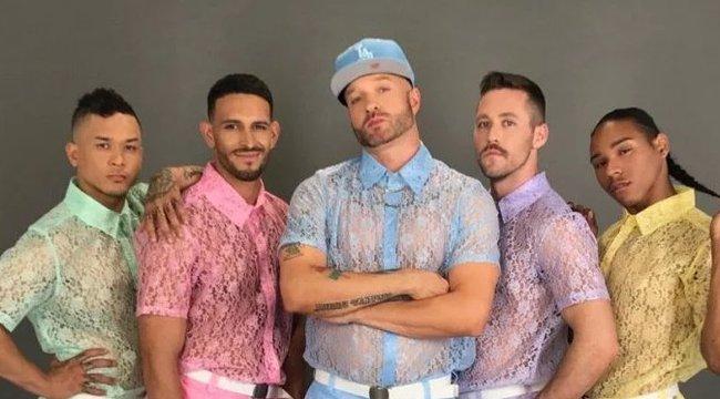 Uraim! Valami könnyed, nyári viseletet keresnek? Íme, a legjobb döntés!
