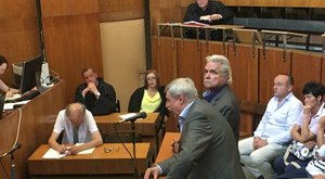 Pánikba esett Oszter a bíróságon