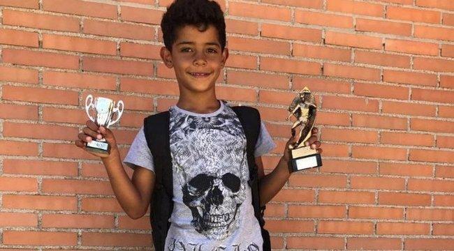 Apa és fia: a Ronaldo-família halmozza a trófeákat - fotó
