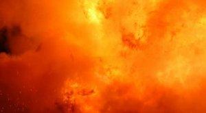 Robbanószerkezettel támadták meg az amerikai követséget Kijevben