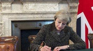 Brit választások: Theresa May nem kíván lemondani