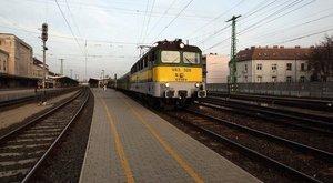 Halálra gázolt egy embert a vonat Jászárokszállás és Jászapáti között