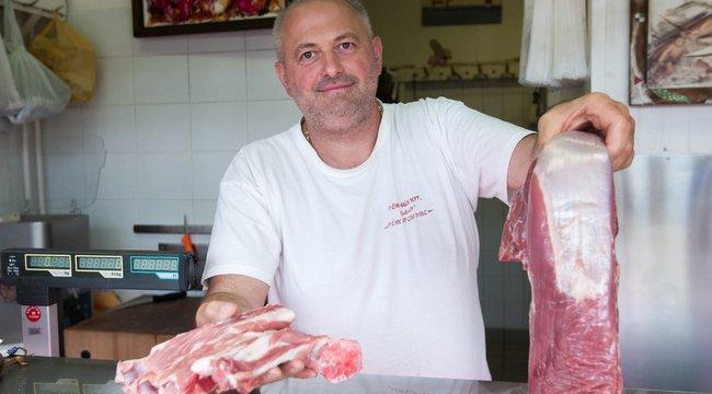Hús mellé főzési tanácsot is ad a jó hentes