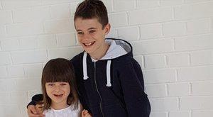 Pofátlan utas kiosztotta az autista kislányt, de a 10 éves tesója jól visszaszólt