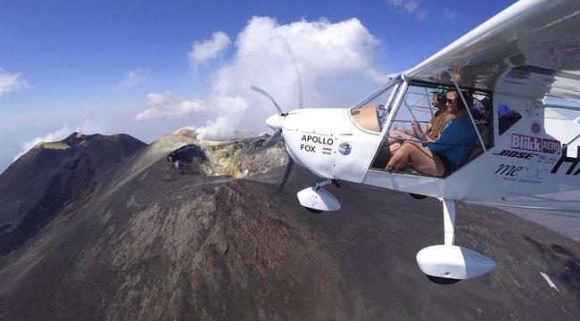 Berepült az Etna kráterébe a magyar pár gépe