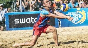 Piszok jó strandröplabdázásban a válogatott focista