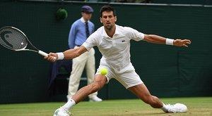 Előbb vagy utóbb valaki csak kitöri a lábát Wimbledonban