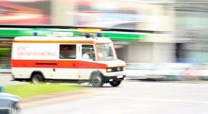 Meghalt egy beteg CT-re szállítás közben