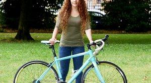 Ügyes: visszalopta a biciklijét Jenni