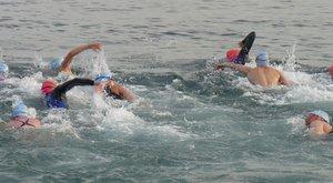 Rasovszkyt addig ütötték a vízben, míg feladta a versenyt
