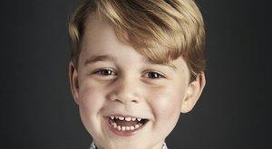 4 éves György herceg: nagyon aranyos hivatalos képet közöltek róla