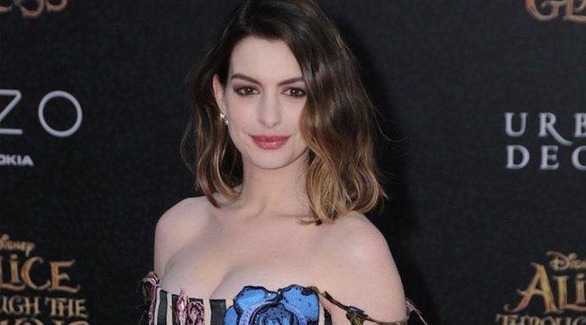 Hathaway beszőkül?