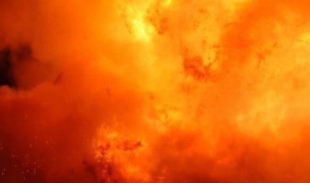 Már helikopterek is kellenek: több száz hektáron ég a Hortobágy