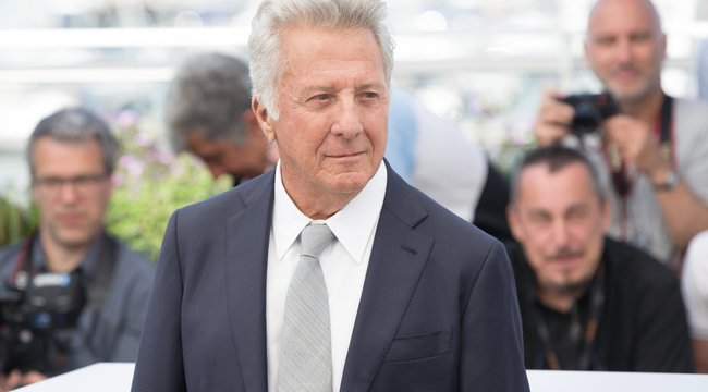 Máig fél a kamerától Dustin Hoffman