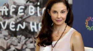Kipécézték Ashley Juddot