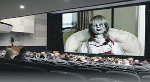 Horrorfilmre vitték moziba a kétéves kislányt