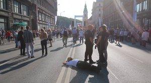 Augusztus 20: inkább ettek, mint tüntettek a magyarok