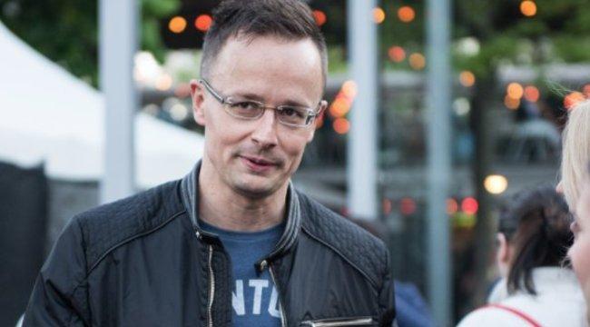 Szijjártó: Megszakítjuk a nagyköveti szintű diplomáciai kapcsolatot Hollandiával