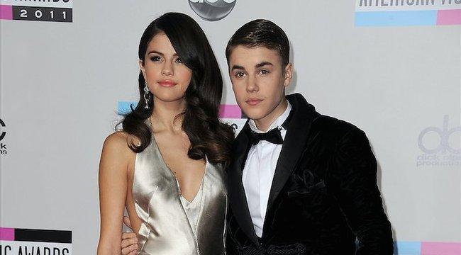 Pucér Bieberrel húzták Selena Gomezt