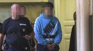 Fotók: elrendelték Csenge gyilkosának előzetes letartóztatását