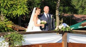 130 kilométert repült az esküvői lufi