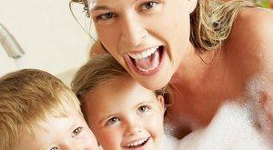 Meztelenséga gyerek előtt: tabu vagy természetes?