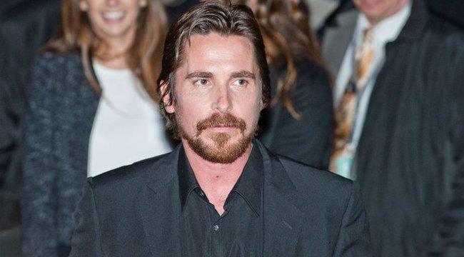 Durván meghízott Christian Bale az új szerepe kedvéért – videó
