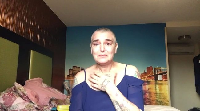 Nővére miatt lett kopasz az énekesnő
