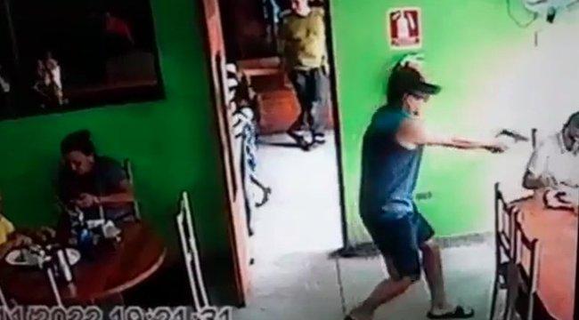 Mielőtt belépett egy bérgyilkos a kávézóba, még volt benne emberség