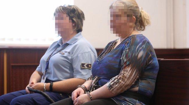 Senki sem látogatja a kislányát 111 késszúrással kivégző Anikót