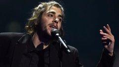 Intenzívre került, szívdonorra vár az Eurovízió fiatal győztese