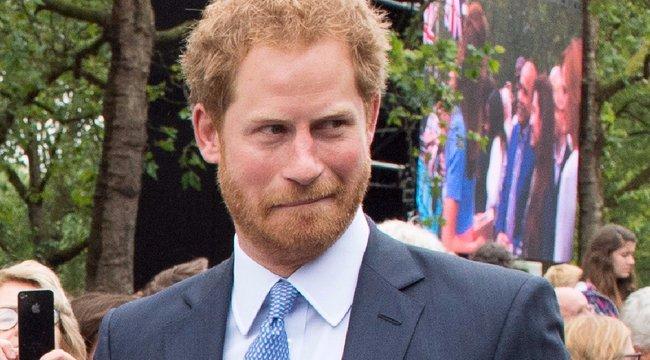 Felvállata kapcsolatát: itt az első közös kép Harry hercegről és szerelméről - fotó