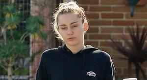 Komoly döntésre szánta el magát Miley Cyrus új albumáért