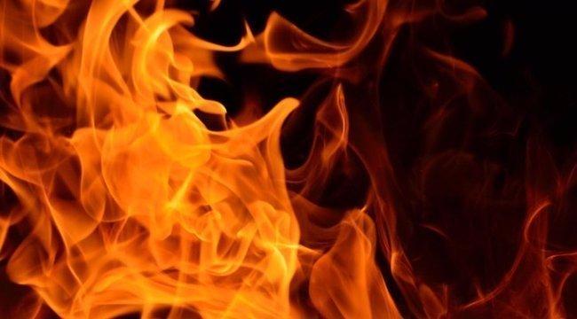 Raktár lángol a fővárosban