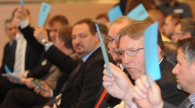 Hegedüs Csaba, a Tuskirály tiszteletbeli elnök lehet – de nem most