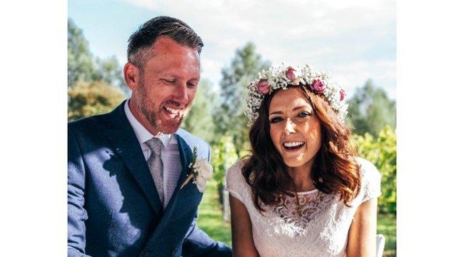 """""""Büszke vagyok rá, hogy a férje lehettem"""" - csak három nap házasságjutott az imádotttanárnőnek"""