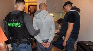 Elfogták a férfit, aki Nyíregyházán késelt meg egy postást (videó)