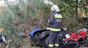 Sokkoló fotók: szinte semmi sem maradt a 41-esen balesetező kocsiból