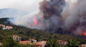 Már több mint 40 halálos áldozata van a kaliforniai tűzvésznek