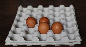És mi még azt hittük, csak a tojások miatt kell tojástartó a hűtőbe - mekkorát tévedtünk!