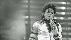 Michael Jackson-fóbiában szenved, a családja pedig még rátesz egy lapáttal a félelmeire