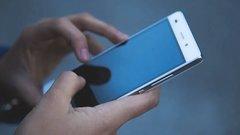 Nem hiszi el, miért van egyre nagyobb divatja a kamu telefonoknak - nem, nem az áruk miatt