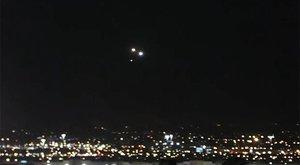 Rejtélyes fénylő gömbök bukkantak fel Las Vegas egén – videó