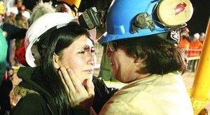Kiszabadultak a chilei bányászok - fotógaléria