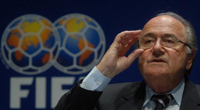 Blatter el akarja törölni a tizenegyeseket